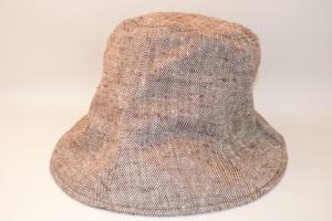 1031:TULIP HAT